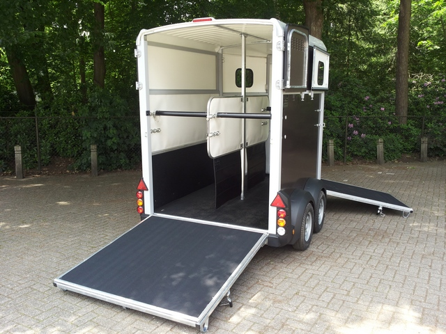Ifor Williams, type 506, kleur grafiet