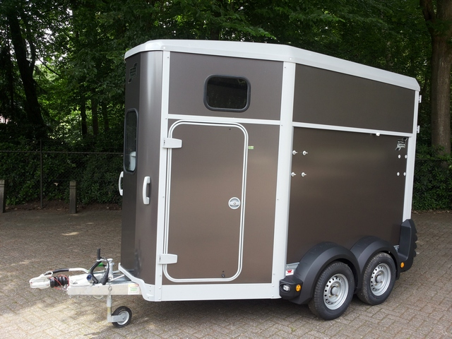 Ifor Williams, type 506, kleur grafietleur grafiet